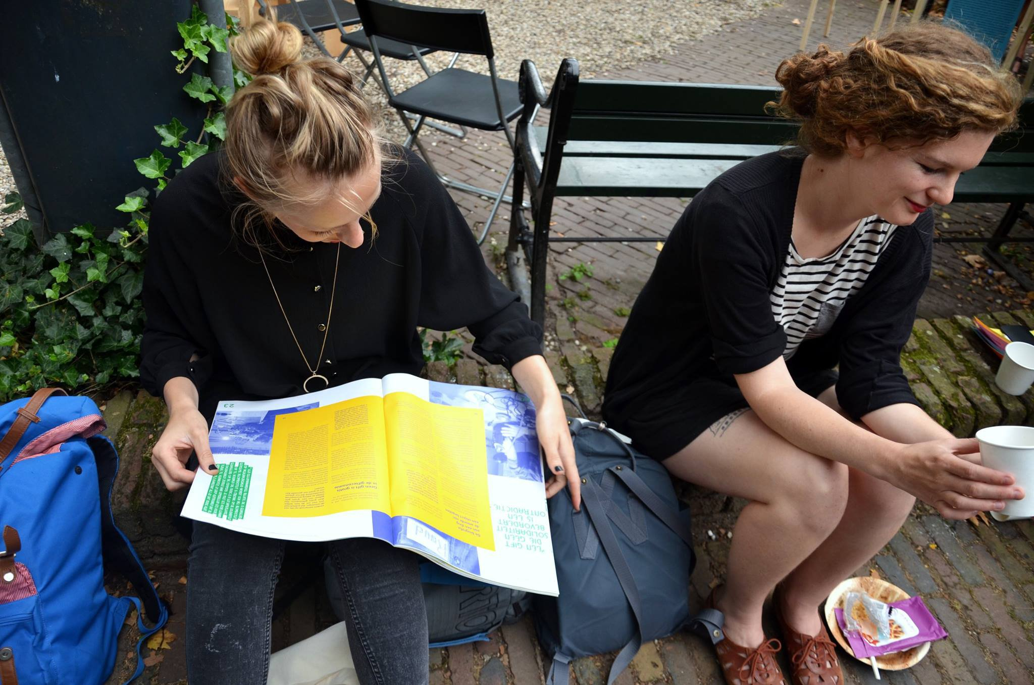 Festival visitors reading through Utrecht Meent Het #2, photo by Whitney Stark (September 2016)