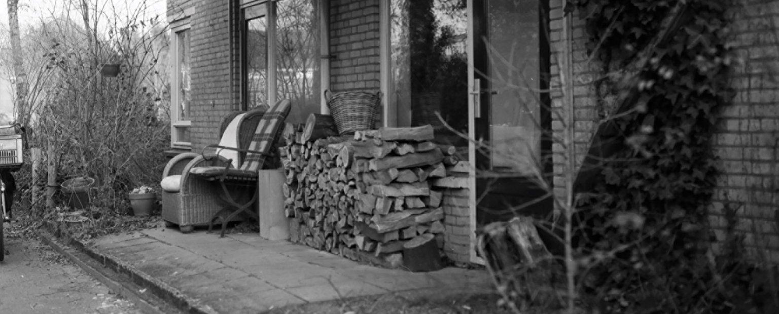 Houtkachel buiten de Klopvaart / Wood stove outside 'de Klopvaart'